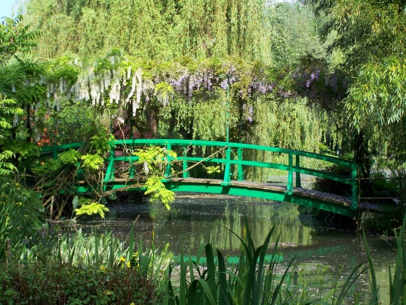 Giverny-Monet's Muse